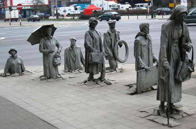 Source: http://noisebreak.com/eye-catching-creations-15-beautiful-sculptures-around-world/