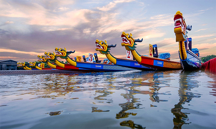 10 Reasons To Try Dragon Boating