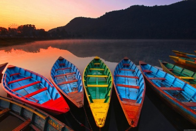 Source: https://weheartit.com/entry/57385910?context_page=8&context_query=nepal+photography&context_type=search
