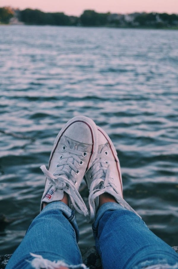 Source: https://weheartit.com/entry/327699685?context_page=3&context_query=shoe+photography&context_type=search