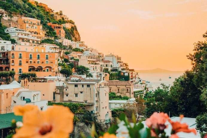 Quote: https://weheartit.com/entry/325427418?context_query=+love+greece+photography&context_type=search